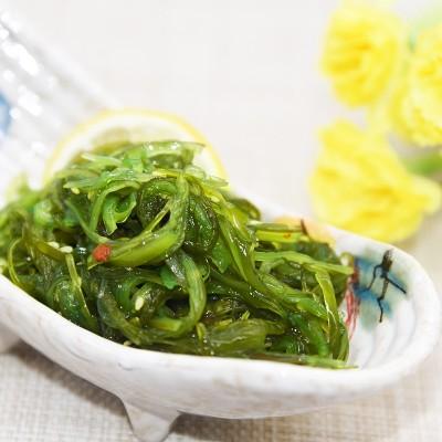Salade d'algues aux sésames...